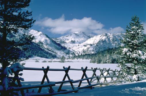 Траки (Truckee, Lake Tahoe), штат Калифорния